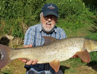 What's being caught here - A  9lb 8oz barbel caught by Keith Kite, on banded pellet Saturday 1st July 2017.