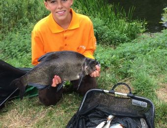 What's being caught here! - Evesham Youth A/C fished a match on the Avon at Fladbury August 2017. Junior, Callum Jennings certainly looks happy with this 4lb 9oz old black Avon bream to add to his weight of 6lb 12oz to win the Rob Langston Trophy.   Repor