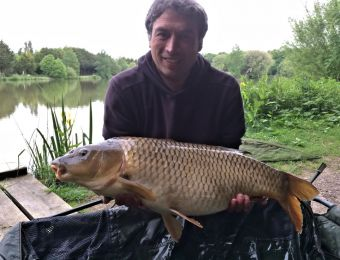 What's being caught here? - Lee Platt's 22 ½ lb common carp May 2106.